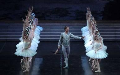 Lacul lebedelor, Teatrul La Scala din Milano
